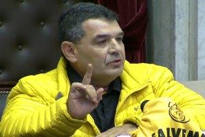El siempre polémico diputado salteño Olmedo promete condecorar a los policías que maten delincuentes