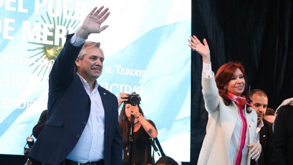 Alberto y Cristina cierran la campaña en Rosario junto a los gobernadores