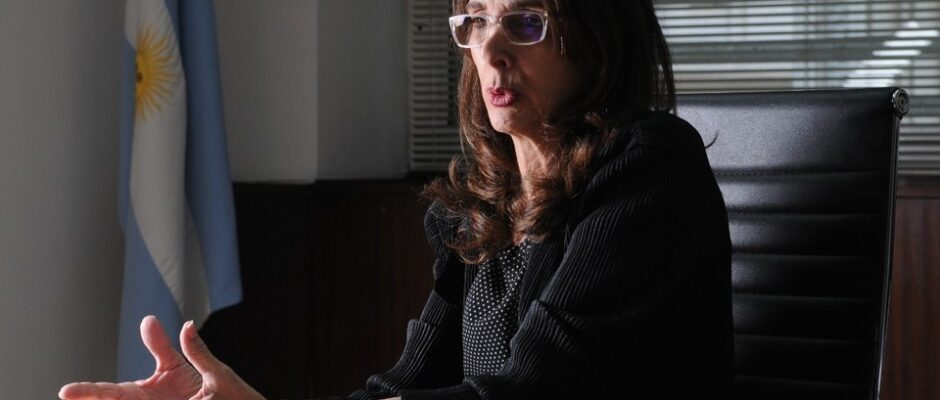 María Eugenia Bielsa deja el Ministerio de Vivienda y la reemplaza Jorge Ferraresi