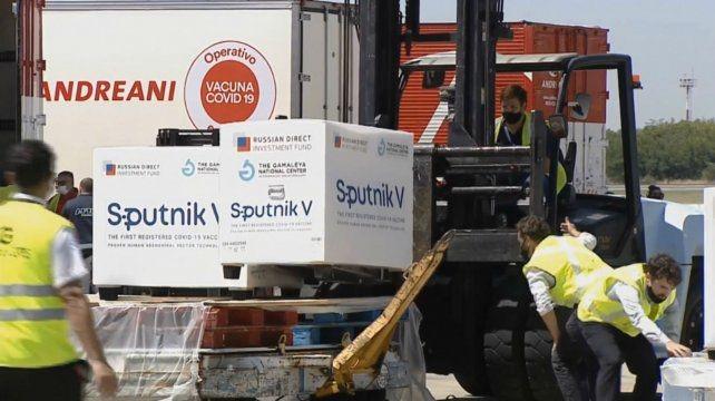 Rossi: «Se están fraccionando los lotes de la Sputnik V que se enviarán a cada provincia»
